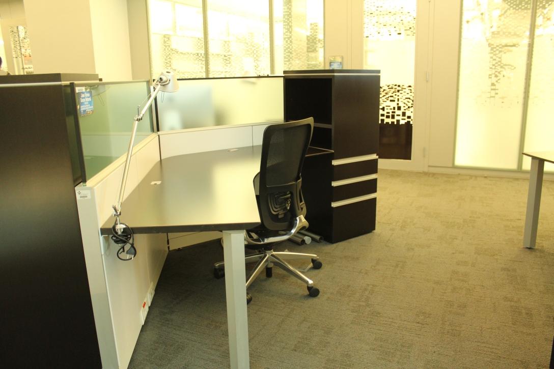 Much better than his NTU desk!